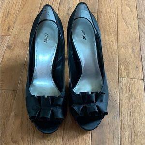 Women's apt 9 shoe